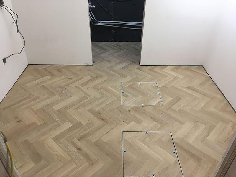 herringbone_wooden_floor_02