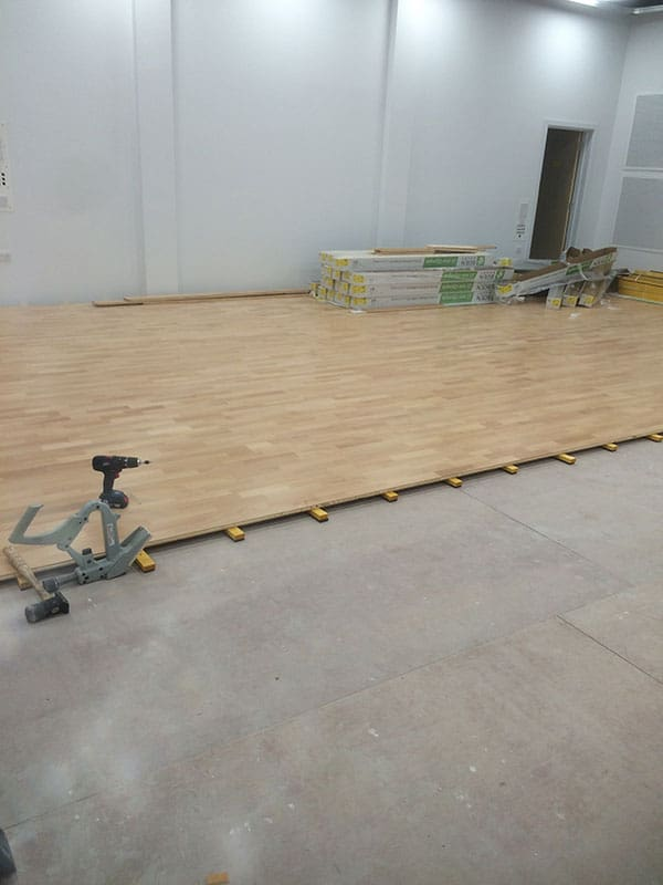 suspended_wooden_flooring_for_gym_01